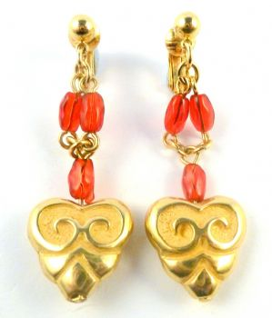 Avon Red Bead And Gold Heart Drop Clip On Earrings.